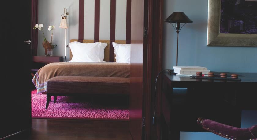 Portfolio design et d coration livres reli s anciens for Design hotel f 6 genf